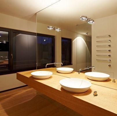 sento vertical mise en sc ne distribution d clairages d coratifs marseille. Black Bedroom Furniture Sets. Home Design Ideas